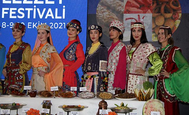 5'inci 'Uluslararası Adana Lezzet Festivali'nin gala yemeği yapıldı